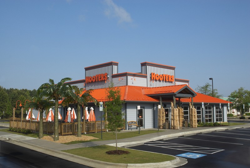 Hooters Fayetteville, NC