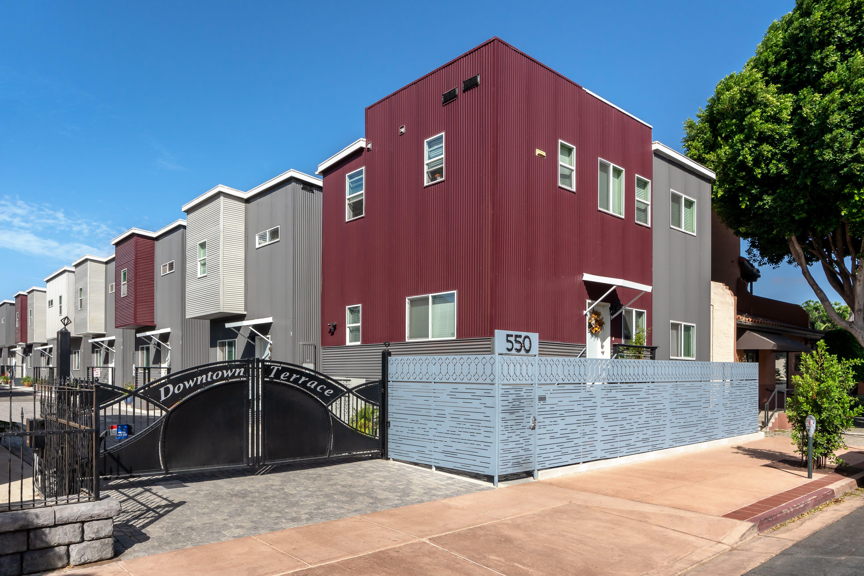 DowntownTerrace01